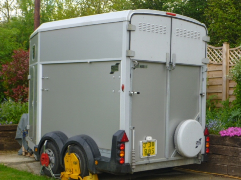 Horsebox Trailer - G J Wisdom Commercial Auctioneers (Bexley, London)