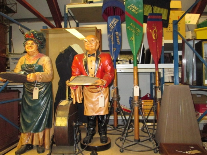 Antique Auction - G J Wisdom Commercial Auctioneers (Bexley, London)