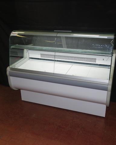 Igloo Curved Glass Display Counter