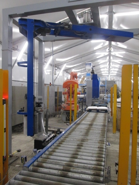 Pallet Shrink wrapper & Conveyor